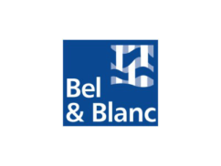http://centrecommercialcarrefour.fr/wp-content/uploads/2014/02/logo-carrefour-pressing-bel-blanc-242x182.png